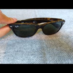Ray bans wayfarers, excellent condition